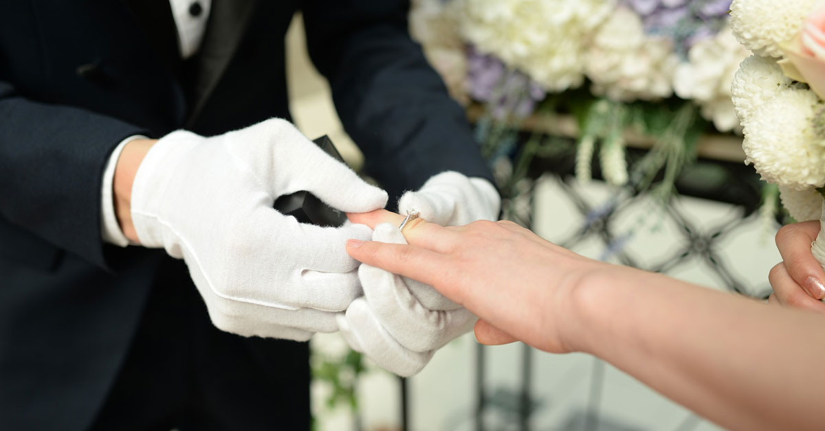 Ring Finger: Which Hand To Wear Wedding And Engagement Ring